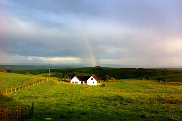 holiday cottage slideshow rainbow